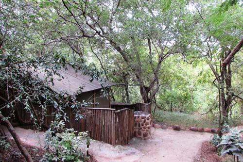 Amanzimlotzi Riverside Bush Camp Photo