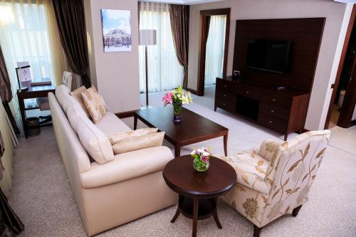 Grand Aras Hotel & Suites photo 19