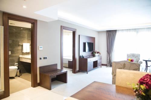 Grand Aras Hotel & Suites photo 22