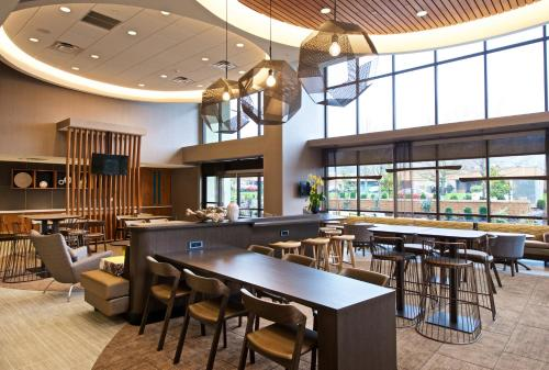 SpringHill Suites by Marriott Seattle Issaquah Photo