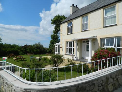 Photo of Taldrwst Farmhouse Hotel Bed and Breakfast Accommodation in Dwyran Isle of Anglesey