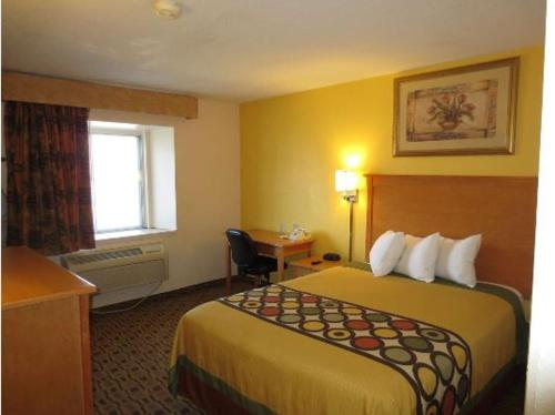 Americas Best Value Inn Lawrence - Lawrence, KS 66049