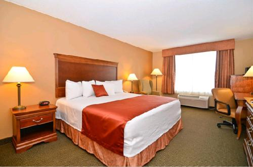 Best Western Plus Independence Inn & Suites Photo