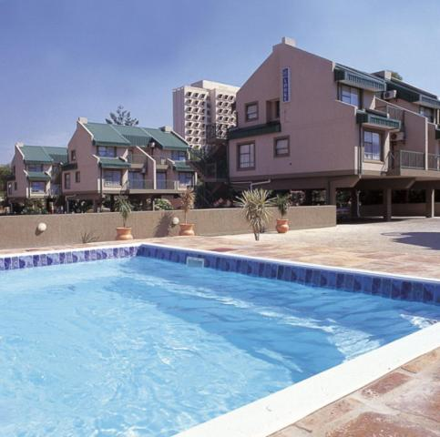 Protea Hotel Hatfield Apartments