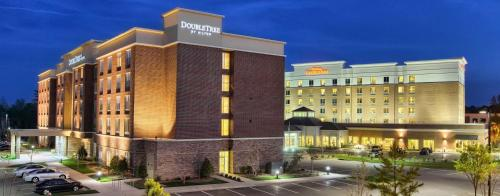 Hilton Garden Inn Raleigh Cary Photo