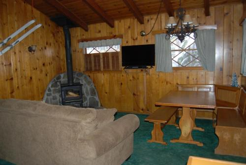 Edelweiss Lodge Photo