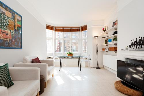 FG Apartment - Chelsea, Drayton Gardens, SW10 photo 1