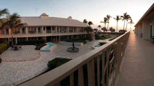 The Dover House Resort