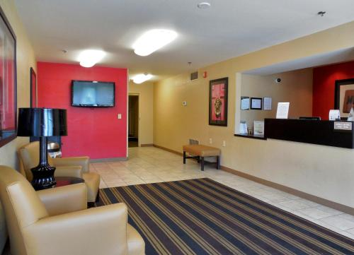 Extended Stay America - Rockford - State Street Photo