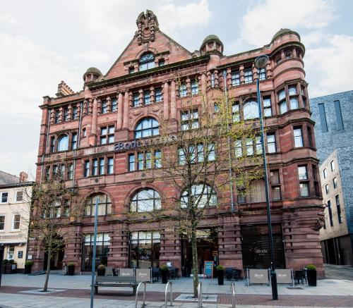 107 Piccadilly, Manchester, M1 2BD, England.
