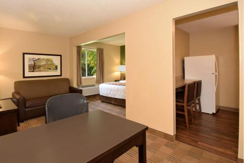 Extended Stay America - Dallas - Market Center photo 12