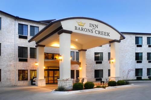 Inn on Barons Creek - Fredericksburg, TX 78624