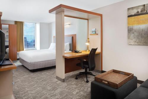 SpringHill Suites Indianapolis Downtown photo 11