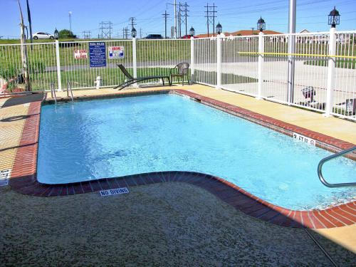 Motel 6 Port Arthur TX Photo