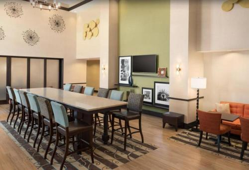 Hampton Inn & Suites By Hilton-Corpus Christi Portland,Tx in Portland