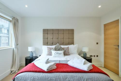 5 Star Central London 3 Bedroom Apartment photo 4