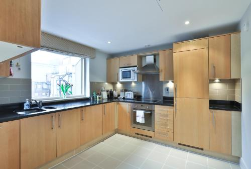5 Star Central London 3 Bedroom Apartment photo 7