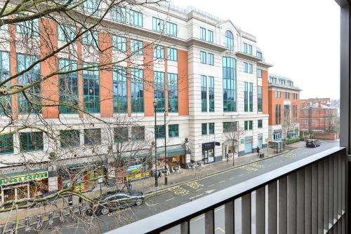 5 Star Central London 3 Bedroom Apartment photo 33