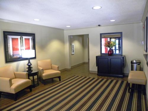 Extended Stay America - Houston - Greenspoint photo 16