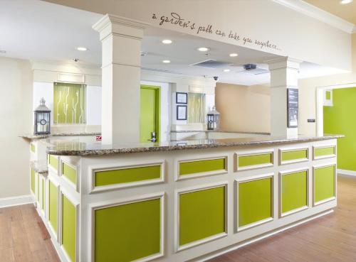 Hilton Garden Inn Savannah Midtown Photo