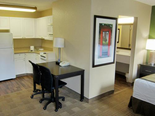 Extended Stay America - Orlando Convention Center 6443 Westwood photo 5