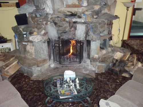 Valemount Vacation Inn Photo