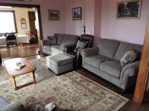 English Experience Bed and Breakfast Photo