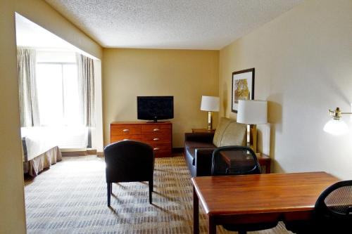 Extended Stay America - San Antonio - Colonnade - Medical Photo