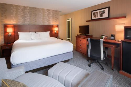 Courtyard By Marriott New Haven Orange/Milford - Orange, CT 06477