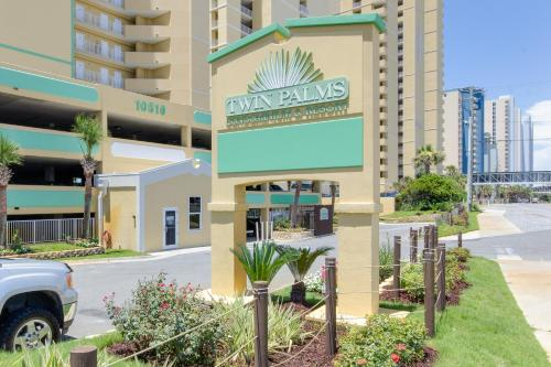 Twin Palms by Book That Condo