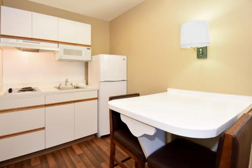 Extended Stay America - Orange County - Irvine Spectrum - Irvine, CA 92618