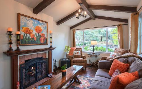 Whispering Waves - Two Bedroom Home - 3681 - Carmel, CA 93921