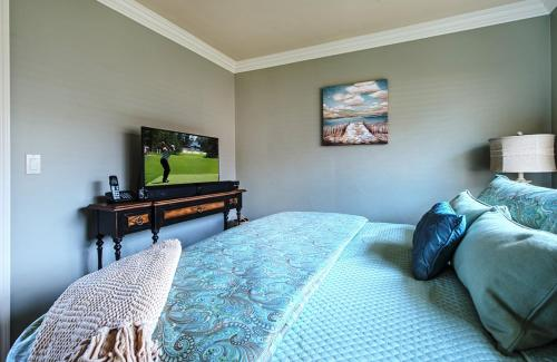 Bayview by the Sea Admiral Suite - One Bedroom - 3640 - Pacific Grove, CA 93950