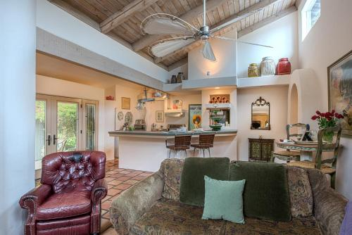 Sandy Paws - Two Bedroom Home - 3727 - Carmel, CA 93921