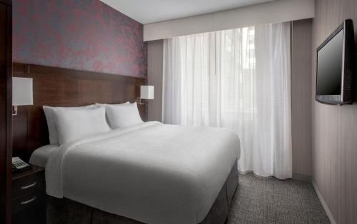 Courtyard by Marriott New York Manhattan / Soho photo 9