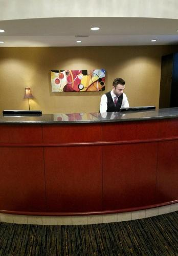 Best Western on the Avenue Photo