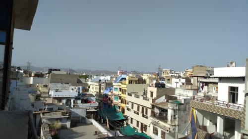 Hotel Family Stay In Udaipur