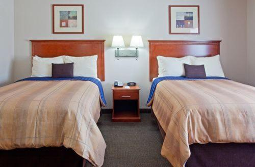 Candlewood Suites Houston - Kingwood Photo
