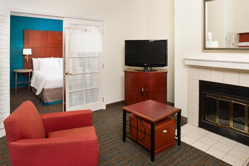 Residence Inn Ontario Airport Photo
