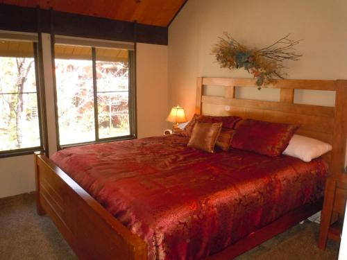 Two-Bedroom Premier Unit #61 by Escape For All Seasons - Big Bear Lake, CA 92315
