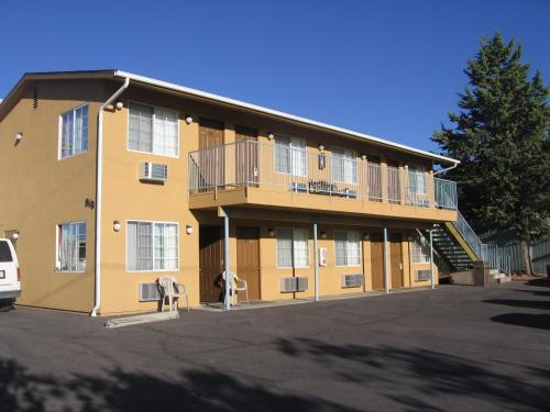 Picture of Heritage House Motel/><p class=