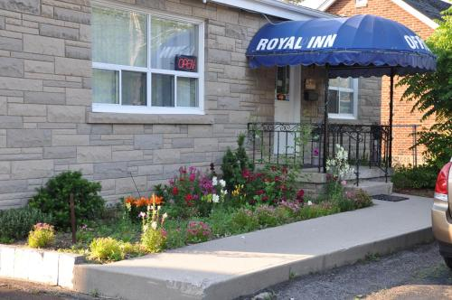 Royal Inn - Burlington, ON L7T2C2