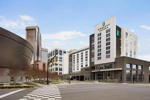 Embassy Suites by Hilton Charlotte Uptown Photo