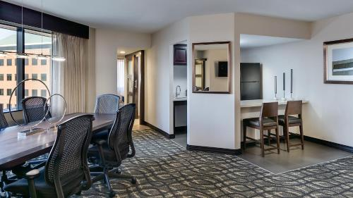 Embassy Suites by Hilton Dallas-Love Field photo 16