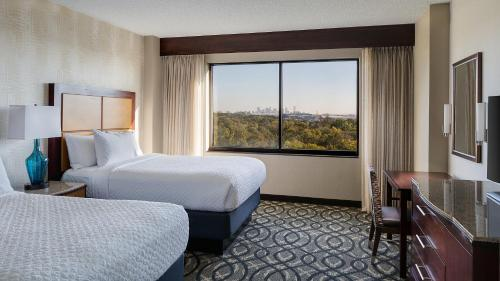 Embassy Suites by Hilton Dallas-Love Field photo 17
