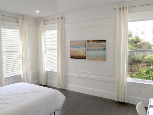 Hotel 3br: Spacious, New Modern Design, Fully Wired (f3) 1