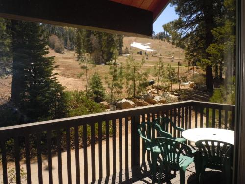 Three-Bedroom Deluxe Unit #109 by Escape For All Seasons - Big Bear Lake, CA 92315