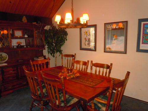 Three-Bedroom Deluxe Unit #85 by Escape For All Seasons - Big Bear Lake, CA 92315