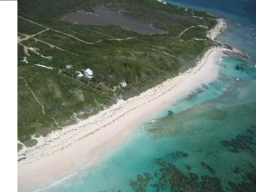 Oceanfront Compound In Eleuthera Bahamas