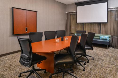SpringHill Suites Irvine John Wayne Airport / Orange County Photo